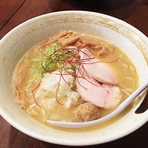 麺屋 虎珀 濃厚な鶏スープが美味い「濃厚鶏そば 塩」を食す♪