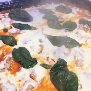 【自宅めし】ホットプレートで簡単調理♪マルゲリータ鍋作ってみた!
