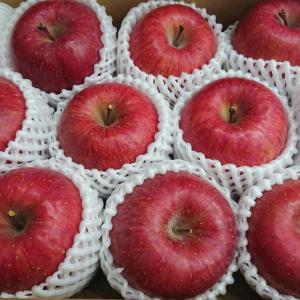 アークスから優待のりんごが届きました♪