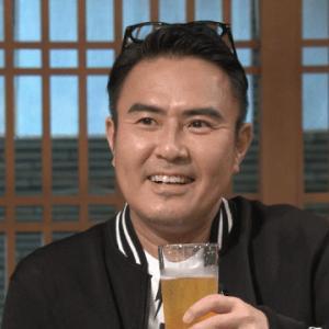 話題のテレビ朝日「川柳居酒屋なつみ」は火曜夜25時56分から市川右團次さん!
