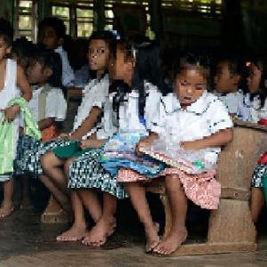100年前は日本より豊かだったフィリピンがアセアンでIQ最低国となった社会構造