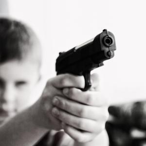 注文住宅で失敗!子供のいたずら防止にリビングや寝室にも鍵を取り付けるべきだった