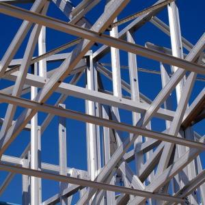 木造と鉄骨で地震に強いのはどっちか悩んで木造に決めた理由と地震対策