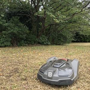 ロボット芝刈機(オートモア450X)の設置~工場内雑草地にて!!!