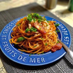 お盆の晩餐 「最高にうまいナポリタンの作り方」(2chスレッド)の作り方でしか作らなくなった。