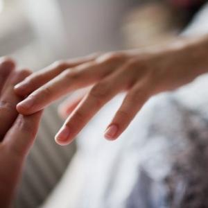 生涯未婚に抗え!100年時代到来で一人の時間が長くなる時代です。