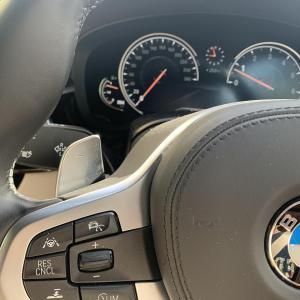 【神機能!】BMWステアリングのパドルシフトの知らなかった便利機能^^長押しすると・・・