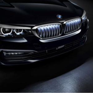 BMW新型X6に続いてBMW5シリーズ(G30,G31)にも光る照明付きキドニーグリルがオプション設定!?