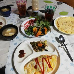 オムライス と クレープのサラダ