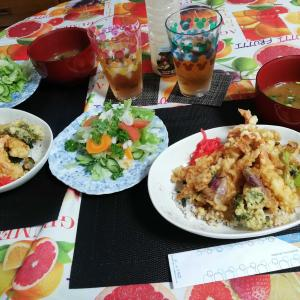 海老とミョウガの天丼 と 鮭茶漬け