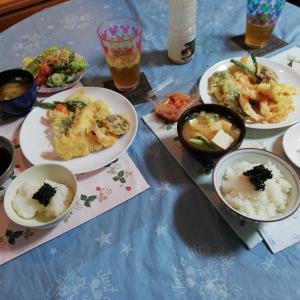天ぷら定食 と チョリソーソーセージ&ハンバーグ&イタリアンプリン