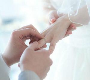 独身か・・・結婚か
