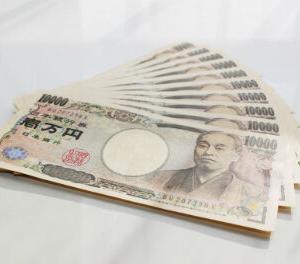誰でも、1年で10万円