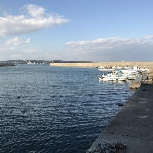 河和漁港へ