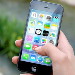 海外在住者の一時帰国、携帯電話&ネット利用はこれが便利!