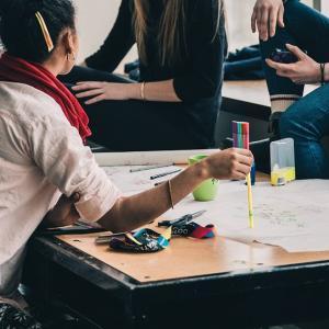 デザイン戦略修論テーマは「ユーザー参加型デザインプロセスに非ネイティブ話者を取り込む」に