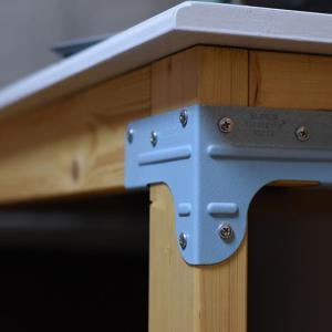 シンプソン金具を使って、机を作る方法(動画)