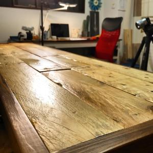 廃材パレットを座面に使って、ベンチを作る方法(動画)