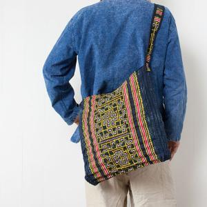 【ピックアップ】エスニックバッグ なら同じモノが2つとない モン族古布のバッグ