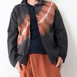 【新着商品】2重襟のタイダイ長袖シャツとらくらくゆるだぼパンツ、スリムレザーブレスレット