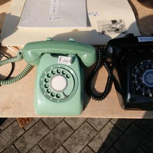 ダイヤル式の電話