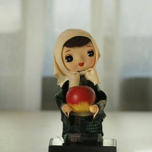 昭和レトロなリンゴ娘