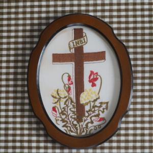 小さな十字架の額