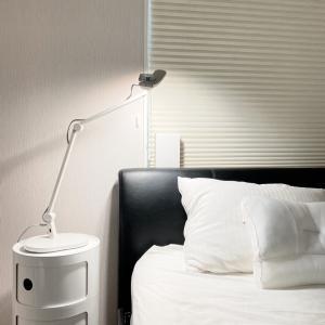 卓上照明器具の革新⁈目に優しくてハイスペックすぎるライト♡