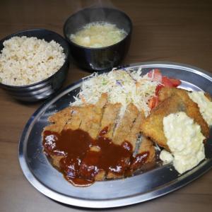 豚カツと魚フライ