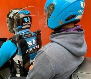 フィリピン バイクの2人乗り許可を検討中。。。ニューノーマルに向けて。