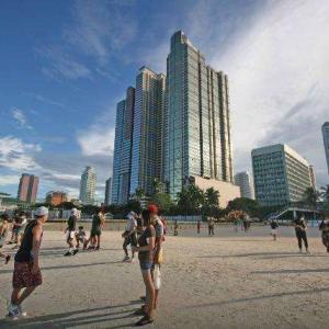 フィリピン マニラベイのホワイトビーチでコロナウィルス拡散危機!?