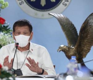 ドゥテルテ大統領 生徒が授業をサボるなるフィリピン大学の予算を減らす!!