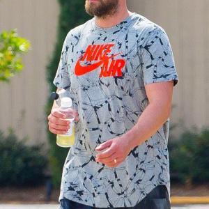 【不倫騒動に公開謝罪…!?】ジャスティン・ティンバーレイクがニューオーリンズでお出かけ!Justin Timberlake steps out in New Orleans
