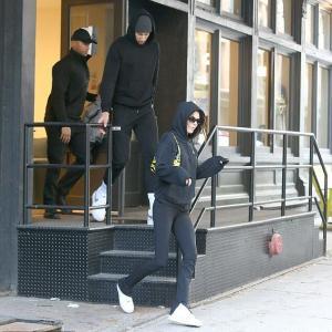 【本格的に復縁…!?】ケンダル・ジェンナーが元彼ベン・シモンズとランチデート!Kendall Jenner is seen with Ben Simmons