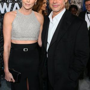 【老化が目立つ…!?】ブラッド・ピットとシャーリーズ・セロンがSAGアワードに登場!Charlize Theron and Brad Pitt at the SAG Awards