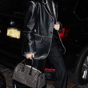 【全身黒…!?】ケンダル・ジェンナーがベラ・ハディッドと撮影にお出かけ!Kendall Jenner leaves Givenchy photo shoot