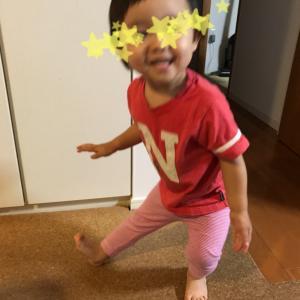 ポーズ!(娘2歳2ヶ月)