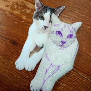猫ブローチのオーダー分を・・・
