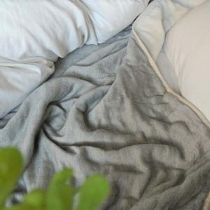 スーパーセール!とミニマリストになれる?!冬こそ使いたいオススメ寝具!