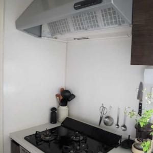 キッチンのシンプル化再び!*またセリアのシートを剥がした結果・・