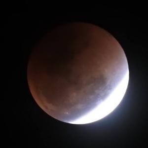 2018年を彩る天体ショー。2度の皆既月食に、火星大接近、さらには三大流星群。