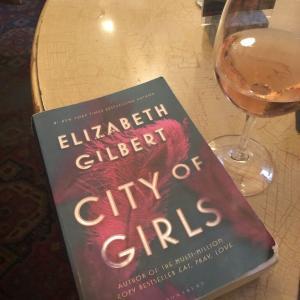 【読書ノート】「私の父はあなたにとって?」City of Girls by Elizabeth Gilbert