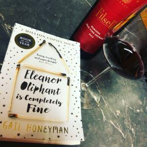 読書ノート:Eleanor Oliphant is Completely Fine by Gail Honeyman