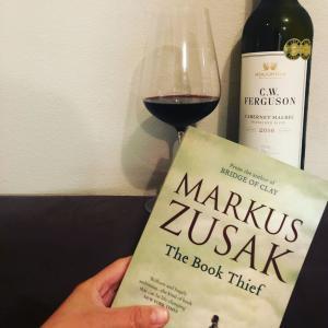 読書ノート: Book Thief by Markus Zusak