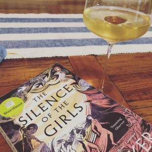 読書にっき The Silence of the Girls  Pat Barker