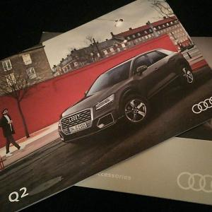 Audi ディーラーへ