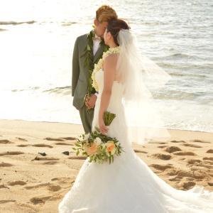 去年の今日はハワイ島のクキオで結婚式でした