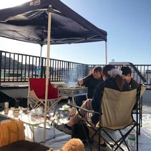 天気が良い日曜日、屋上で焼肉バーベキューしました。