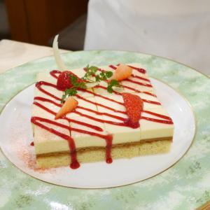 ANAクラウンプラザホテル神戸「ザ・ラウンジ」ストロベリーデザートブッフェ