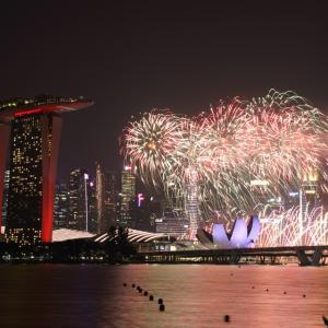 シンガポール ナショナルデーパレード